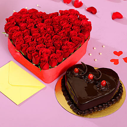 Herat Shaped Red Roses and Cake Online