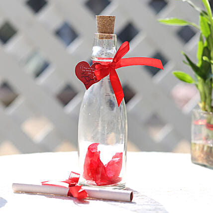 rose day greeting in bottle