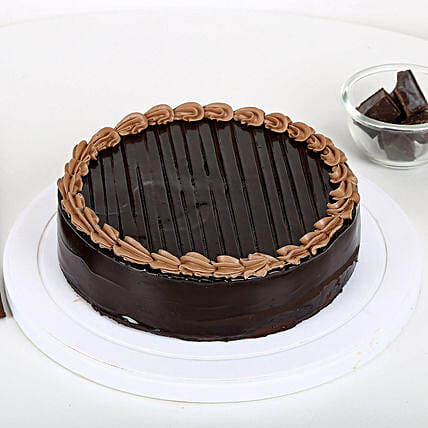 Chocolate Truffle Royale Half kg:Designer Cakes to Indore
