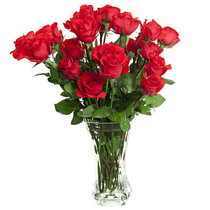 Sensuous Red Roses In A Glass Vase