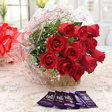 Bouquet of red roses:Flowers to Nizamabad