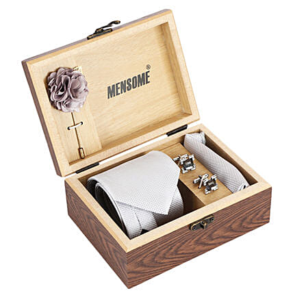 best quality formal wear accessories online:Marriage Gifts