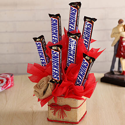 Snickers Chocolate Vase Hand Delivery