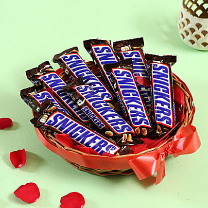 Snickers Peanut Bars Basket Hand Delivery
