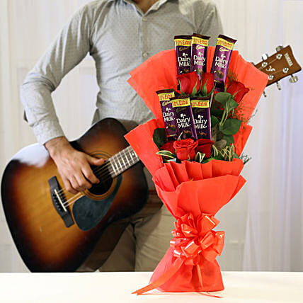 Online Chocolate Bouqet with Romantic Tunes Combo:Send Flower Bouquets for Birthday