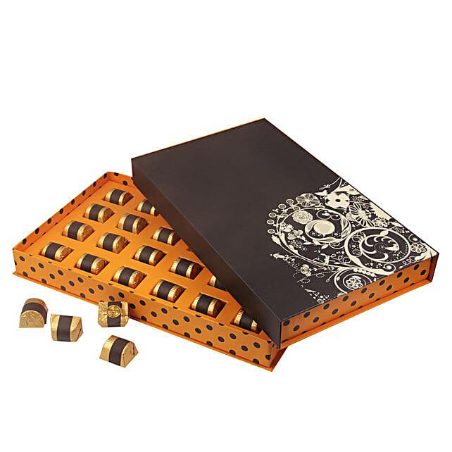 Delicious Chocolates Box Online