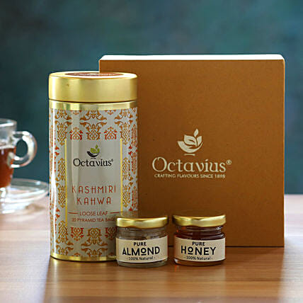 Sweet & Spicy Cinnamon Anise Green Tea Gift Box:Doctors Day Gift Hampers