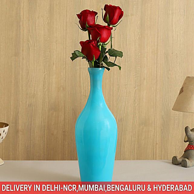 floral arrangement for bride