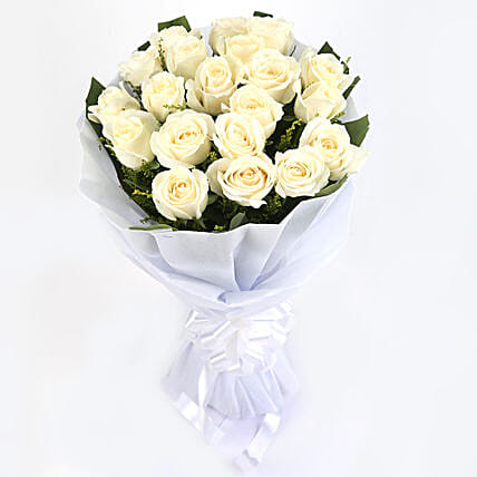 Thoughtful Sentiments - Bunch of 12 white roses.:Flowers for Condolence