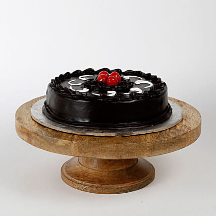 Truffle Cakes Half Kg Eggless:Send Birthday Cakes to Kanpur