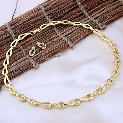 Golden necklace set:Send Jewellery Gifts