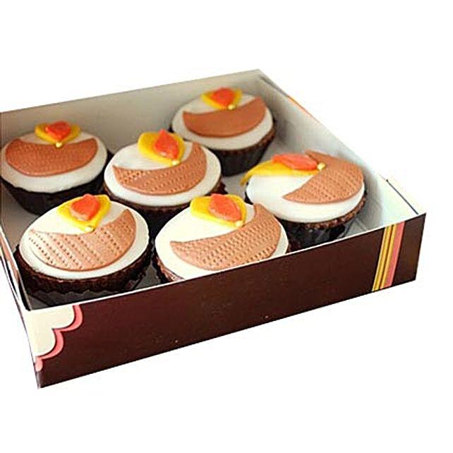 Diya Cupcakes 6 Eggless