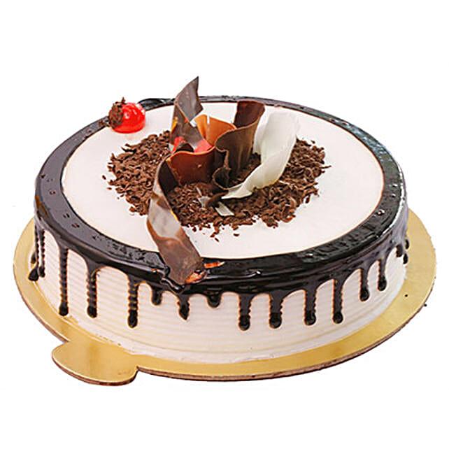 Heavenly Black Forest Cake Half KG Eggless