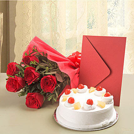 Roses Hamper - Bunch of 6 Red Roses with Greeting Card.:Flowers & Cards - Karwa Chauth