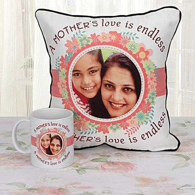Personalized cushion and mug combo for mom:Cushions and Mugs Combo