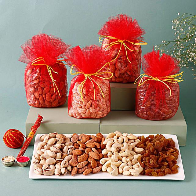 Basket of dry fruits:Gift Baskets