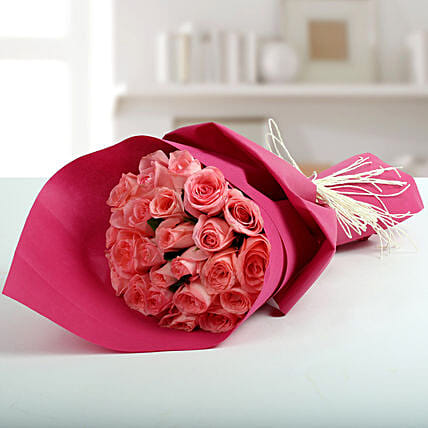 Cute Pink Roses Bunch Gift Pink Rose Flower Bouquets Ferns N Petals