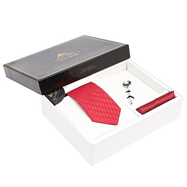 Alvaro Castagnino Red Necktie Pocket Square And Lapel Pin Set for Men