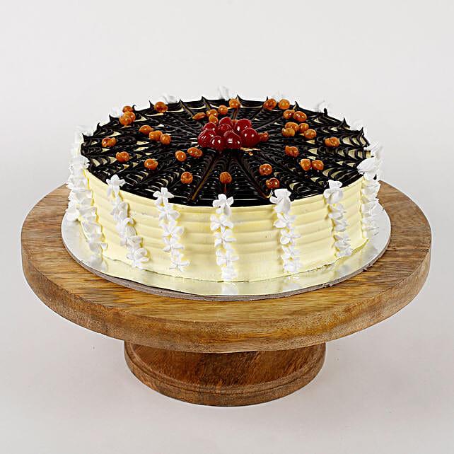 Delicious cream cake