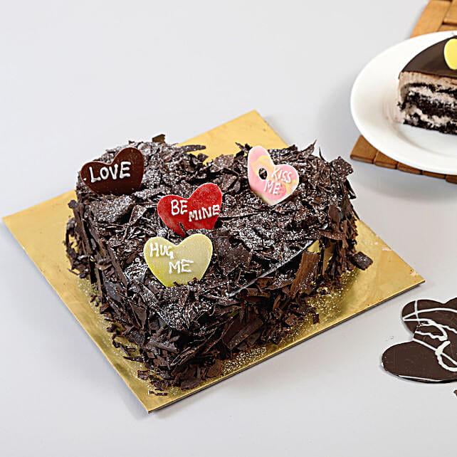 Choco Blast Love Cake Half kg Eggless