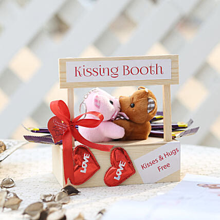 Wooden Kissing Booth & Dairy Milk Chocolates:Soft Toys For Teddy Day