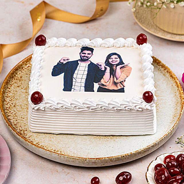 Pineapple Personalised Photo Cake:Send Photo Cakes