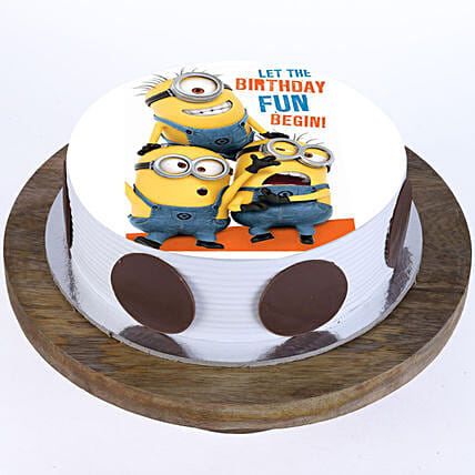 cartoon cake for kids online:Minion Cakes