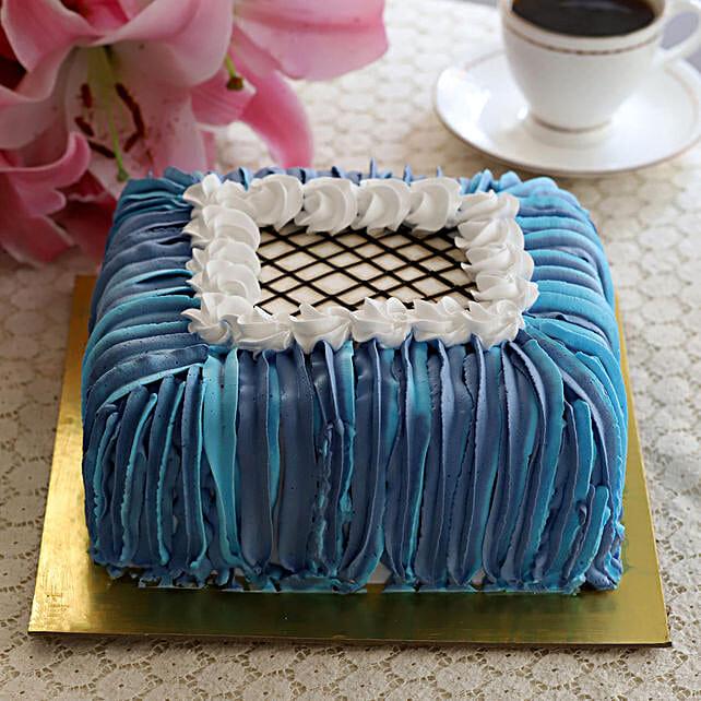 Designer Pineapple Cake- Half Kg