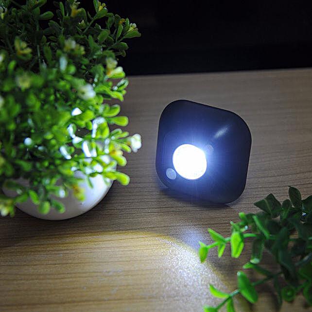Wireless Motion Censor LED Night Lamp Black