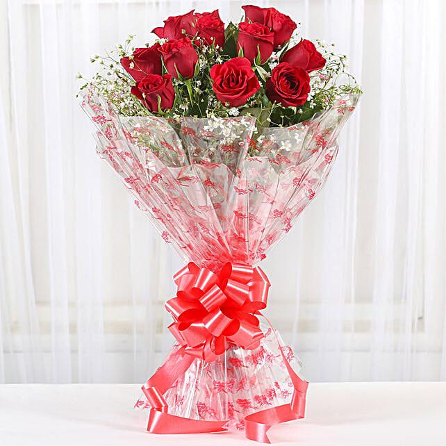 12 Velvety Red Roses Bouquet
