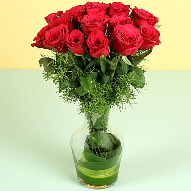 25 Red Roses in Glass Vase