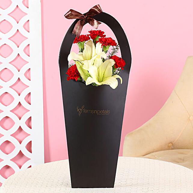 Graceful Flowers Sleeve Bag