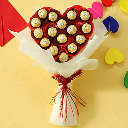 Rocher Chocolates in Heart shaped Bouquet:Gifts for Chocolate Day
