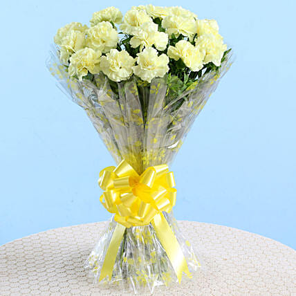 Bunch Of Pretty 18 Yellow Carnations