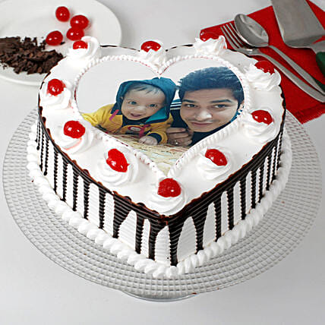 Black Forest Cream Photo Cake for Dad Half Kg