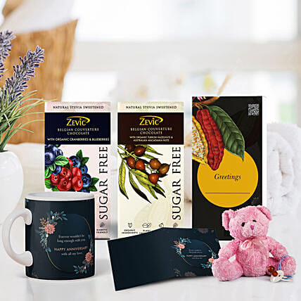 Gift Hamper for Anniversary Online