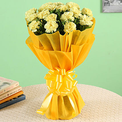 20 Yellow Carnations Bouquet Large