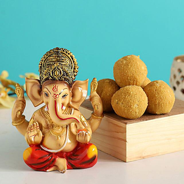 Raja Ganesha Idol & Besan Laddu