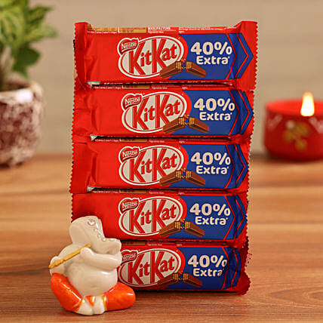 Buy  Ganesha Idol With Kitkat