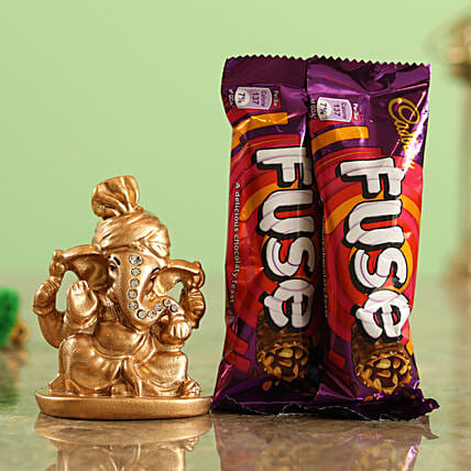 Cadbury Fuse Chocolate Bars & Golden Ganesha Idol Combo  Online