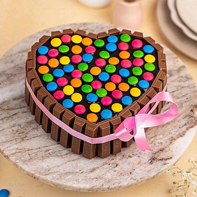 kitkat cake for christmas