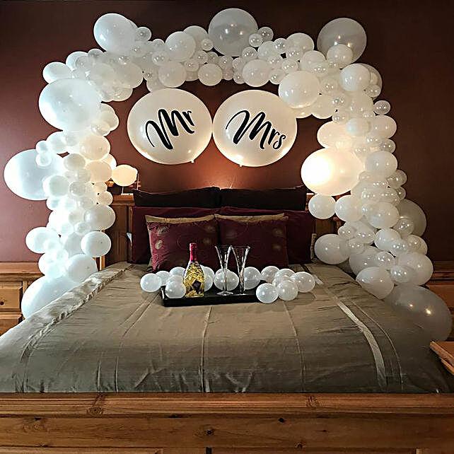 Mr & Mrs Decoration
