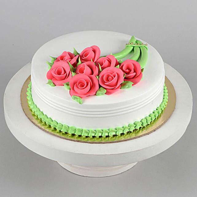 Pineapple Rose Fondant Cake