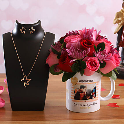 Love Bunch In Personalised Photo Mug Pretty Necklace