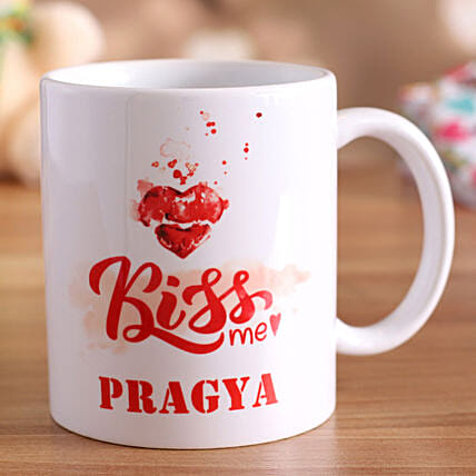 online personalised mug for kiss day:Send Hug Day Personalised Gifts