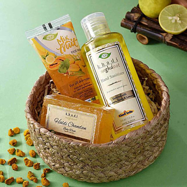 Buy Khadi Ayurvedic Love Hamper:Karwa Chauth Cosmetics Hampers
