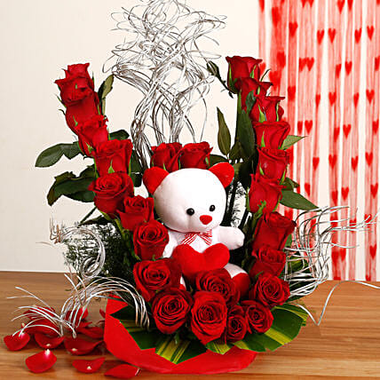 Flowerly Yours - Nice arrangement of 25 Red roses with cute .:Send Roses And Teddies
