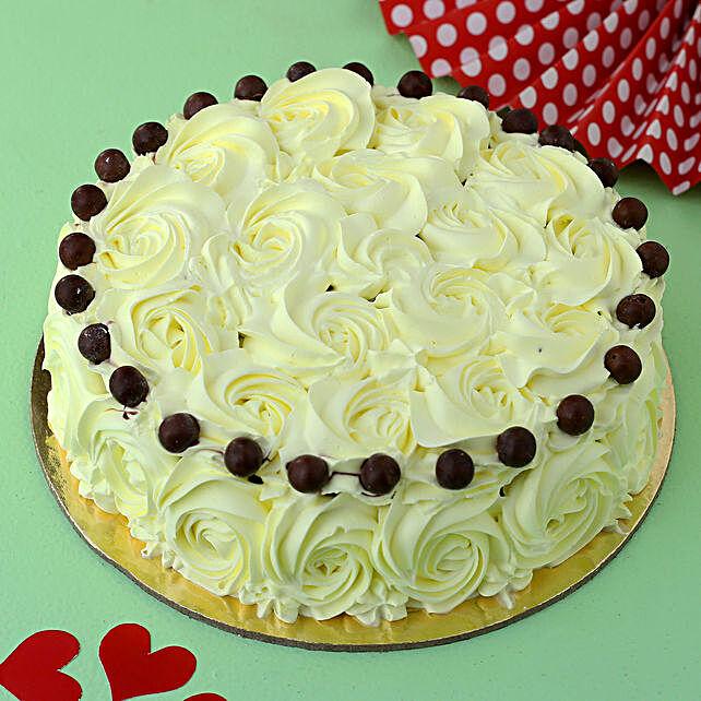 Floral Pretty Butterscotch Cake