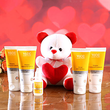 VLCC Hand And Foot Care Kit With Cute Teddy