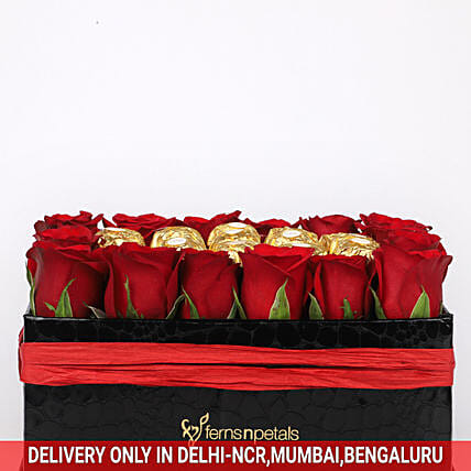 Online Red Roses with Chocolates